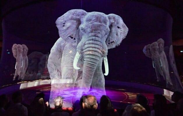 Circo troca animais de verdade por show com hologramas 3D-elefante 02